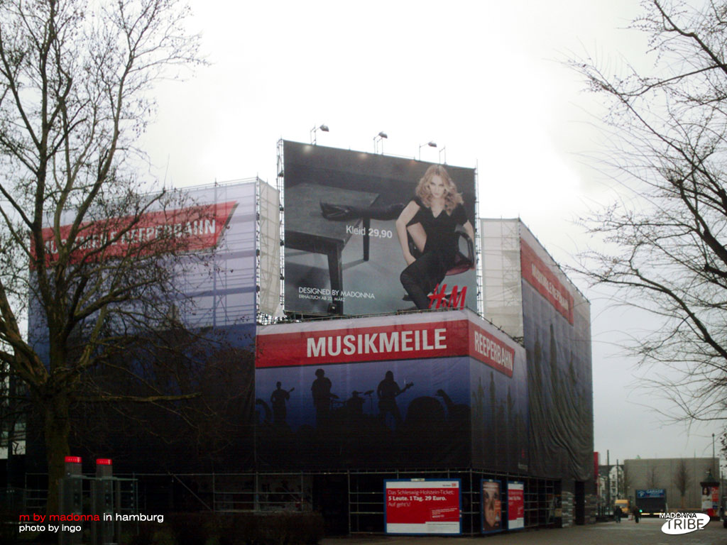 more hm billboards from germany madonnatribe decade. Black Bedroom Furniture Sets. Home Design Ideas