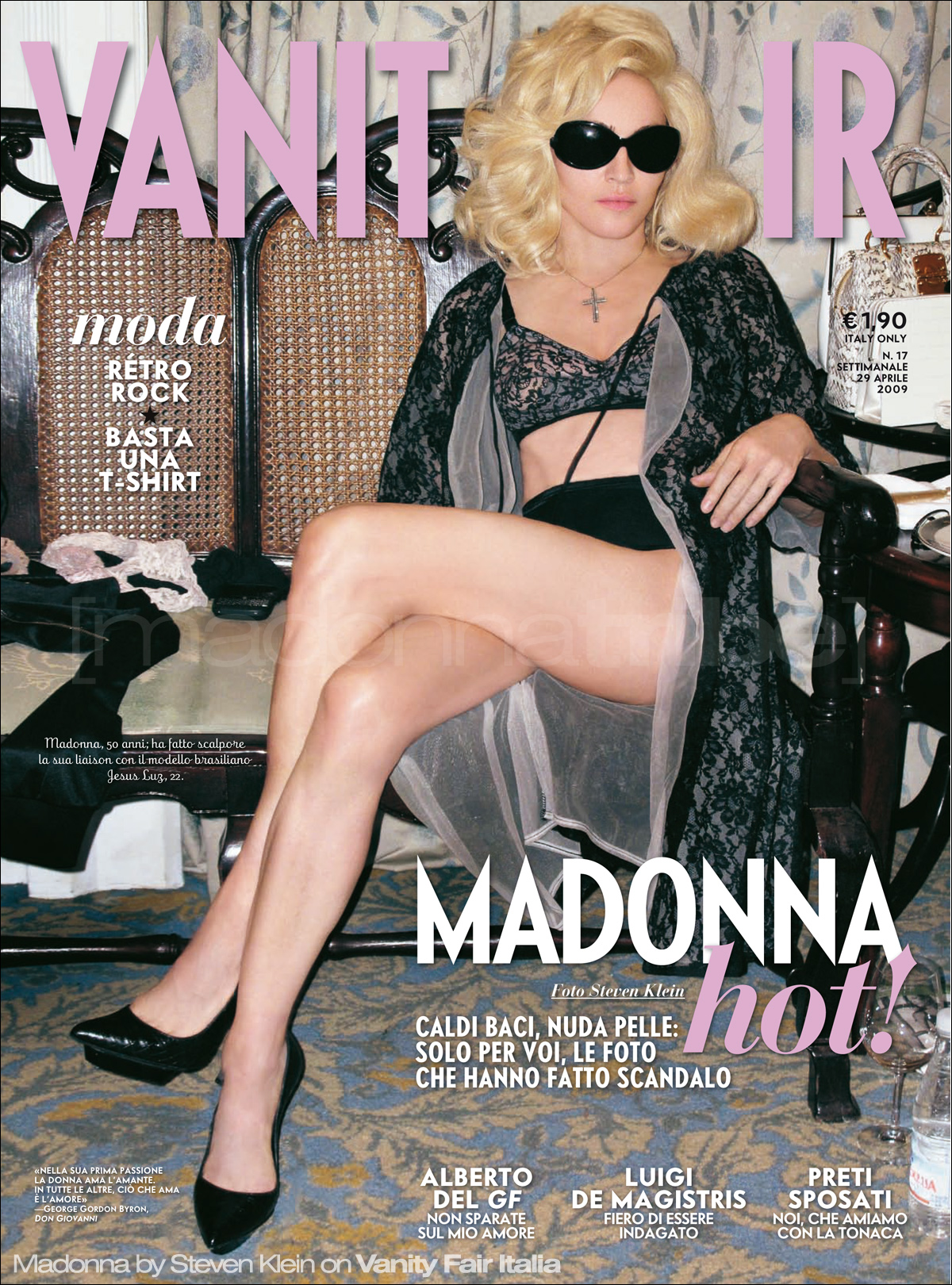 http://www.madonnatribe.com/i_press_18/vanity_fair_cover_002.jpg